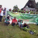Forum Generasi Muda Simataraja Menanam Pohon di Huta Sihusapi