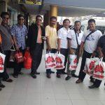 Peserta Rakernas Komisi B Wisata Belanja Di Batam di Pimpin Hiskia Simarmata, foto bersama usai belanja