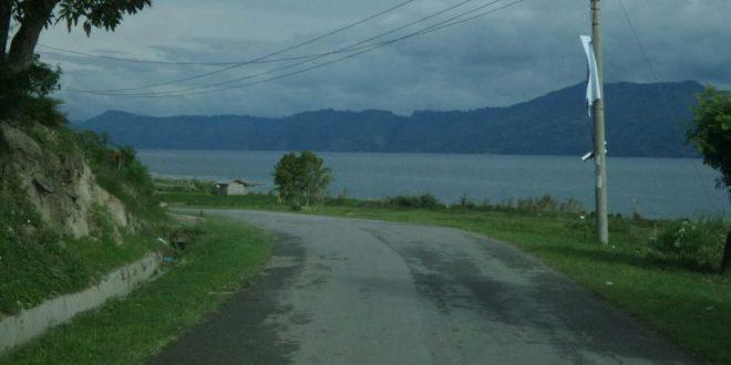 Untuk Dukung Pariwisata, Pemerintah Lebarkan Jalan Lingkar Samosir