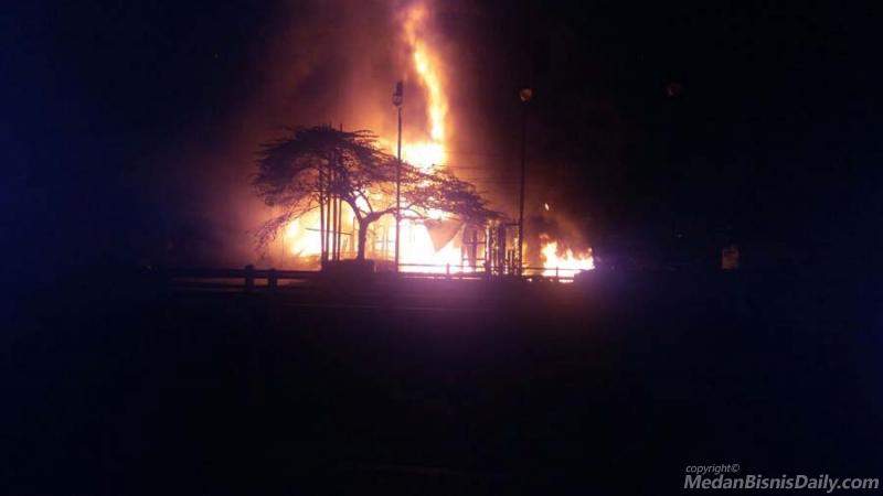 Dua Rumah Terbakar Ludes di Tritura Medan